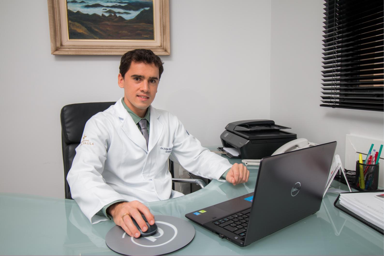 Dr. Felipe Delgado